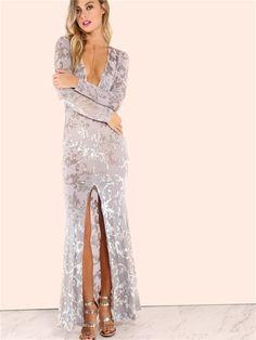 Gri Parlak Desenli Uzun Yırtmaçlı Elbise