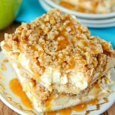 These delicious and easy apple pie cheesecake bars combine everything you love about apple pie and cheesecake, finished off with a delicious crumb topping! Köstliche Desserts, Apple Desserts, Apple Recipes, Baking Recipes, Delicious Desserts, Dessert Recipes, Yummy Food, Yummy Eats, Fruit Recipes