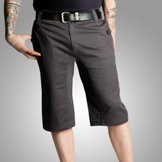 """Upright Cyclist Randolph Short have a long 13"""" in-seam that lands right at the knee-cap. The garment washed cotton and spandex shorts give a nod to cut-off"""