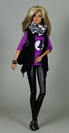 "OOAK Outfit ""Black Silhouette"" Illustration by Jutta Frölich - Alegras Dolls"