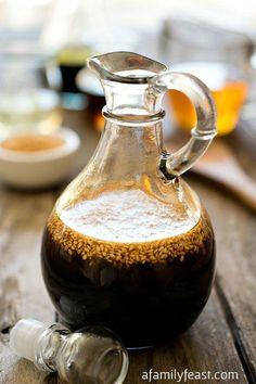 4人前作る場合、煮汁の味付けは 醤油・酒・砂糖・みりん 全て「大さじ4」。おまけにだし汁も400cc、全部4だから覚えやすい!