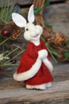 White Christmas Bear Creek Bunny #288 needle felted by Teresa Perleberg