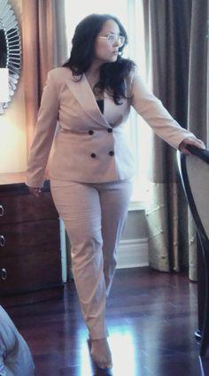 pink suit; zara; Rayban glasses; brunette; long hair; pant suit; work wear; fall; winter; office wear; long hair