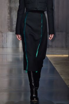 Marco de Vincenzo at Milan Fashion Week Fall 2015 - Details Runway Photos