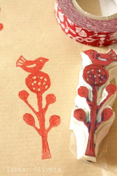 Stamp carving tutorial (plus ideas for using stamps to customize various items). Ishtar Olivera is amazingly creative! Stamp Printing, Printing On Fabric, Screen Printing, Arts And Crafts, Paper Crafts, Diy Crafts, Craft Tutorials, Craft Projects, Diy Accessoires