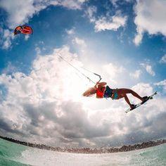Photo of the Day! ✌🏻️out to Monday with a sunset #kiteboarding sesh. #📷: @crafafidalgo #GoPro #GoProGirl #CaseOfTheMondays #Kiting #KiteGirl #travel #adventure #photo