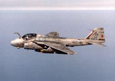 A-6E_VA-65_during_1991_Gulf_War.jpeg (JPEG kép, 2204×1556 képpont)
