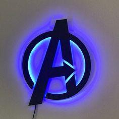Superhero Lamp, Batman Lamp, Superhero Signs, Marvel Lights, Burst Bubble, Marvel Bedroom, House Doctor, Avengers Superheroes, Friday Night Lights