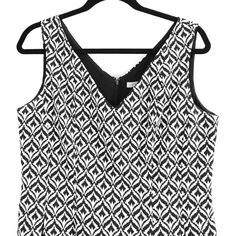 Print dress Beautiful black and white sleeveless print dress with black zipper. New York & Company Dresses Asymmetrical