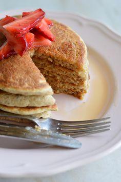 Vegan Pancakes [banana free!] | A Cozinha da Ovelha Negra