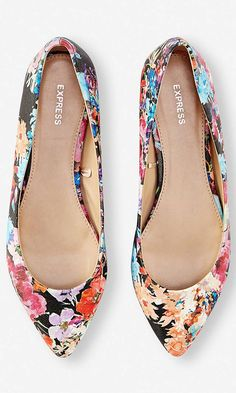 Tendance Chaussures   FLORAL POINTED TOE FLAT from EXPRESS