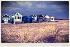 Mudeford on Sea/Hengistbury HEad Whitstable Kent, British Beaches, Dorset Coast, Beach Huts, British Isles, Little Houses, Travel Posters, Seaside, Britain