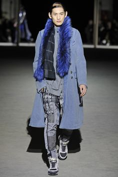 Dries Van Noten Men's RTW Fall 2014 - Slideshow