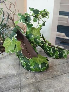 DIY poison ivy shoes