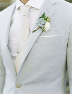 Wedding Suits 36 Groom Suit That Express Your Unique Styles and Personalities! - For so long the grooms have been too traditional with their wedding attire, while in 2017 you might see some difference in the groom attire or groom suits. Wedding Men, Trendy Wedding, Dream Wedding, Gray Suit Wedding, Rustic Wedding, Young Wedding, Daytime Wedding, Nautical Wedding, Fall Wedding