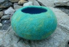 1. Tutorial - How to make a wet felt pod vessel