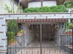 Poarta batanta  Model PB21 Garage Doors, Outdoor Decor, Model, Home Decor, Decoration Home, Room Decor, Scale Model, Home Interior Design