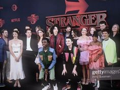 i love all of them 🥺💓 Stranger things. i love all of them 🥺💓 Stranger things. Stranger Things Videos, Bobby Brown Stranger Things, Watch Stranger Things, Stranger Things Actors, Stranger Things Have Happened, Stranger Things Aesthetic, Stranger Things Season 3, Stranger Things Netflix, Stranger Things Premiere