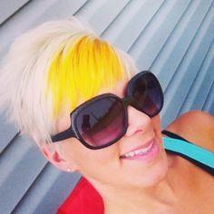 Yellow & white hair