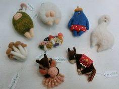 羊毛 フェルト の 動物 ブローチ - Google Search