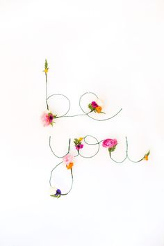 DIY Floral and Wire Words   Free Download | lovelyindeed.com