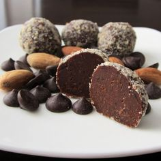 Healthy Pure Chocolate Truffle Snack Recipe + 5 Real Benefits of Dark Chocolate by becky