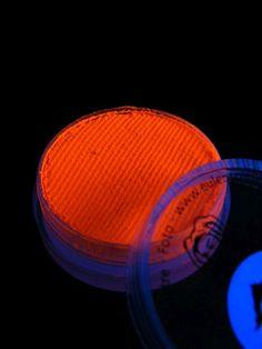 Schwarzlicht Nassschminke Orange  #blacklight #schwarzlicht #makeup #neon #party #color  #fluo #psy  #make #up #wet