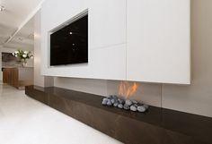 West London House / SHH Architects #fireplace