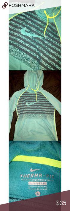 Nike Hoodie Worn once, great condition Nike Tops Sweatshirts & Hoodies
