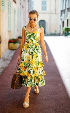 Women Fashion New Fashion – Women Carrie Bradshaw Outfits, Spring Summer Fashion, Spring Outfits, Mamma Mia, Day Dresses, Summer Dresses, Clothes 2019, Girl Fashion, Fashion Outfits