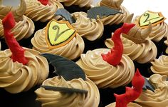 Dragon-themed cupcakes! It's like all the best things in the same place.