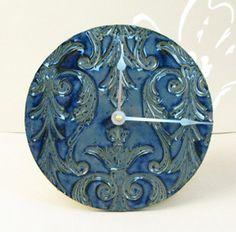 Damask ceramic clock