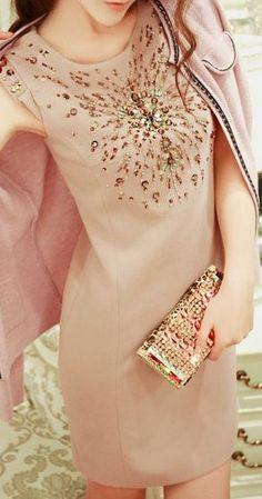 Fashion Beaded Figure-hugging Sleeveless OL Dress