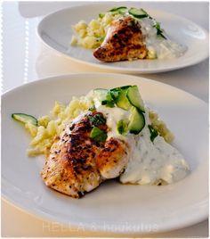 Healthy Food, Healthy Recipes, Food Challenge, Avocado Egg, Feta, Turkey, Food And Drink, Chicken, Breakfast