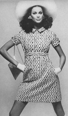 Vogue ♥ April 1967