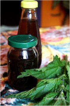 syrop z pokrzywy sok Slow Food, Simple Syrup, Hot Sauce Bottles, Preserves, Salsa, Herbalism, Remedies, Food And Drink, Health Fitness