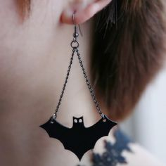 Halloween Creative Earrings New Fashion Personality Punk style strange bat Earrings Jewelry For Women Opal Earrings, Simple Earrings, Bridal Earrings, Gothic Earrings, Beaded Choker, Leather Earrings, Drop Earrings, Halloween Earrings, Halloween Jewelry