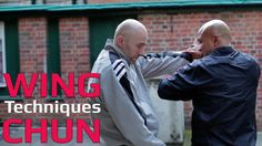 Wing Chun techniques wing chun kung fu -  grab and straight elbow