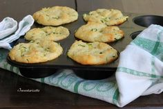 Muffin patate e zucchine sofficissimi Quiches, Wine Recipes, Great Recipes, Good Food, Yummy Food, Dinner With Friends, Antipasto, Vegetable Dishes, Finger Foods