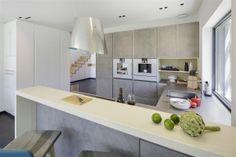 Die Küche unseres Musterhauses in der Ausstellung Eigenheim & Garten in Poing bei München.