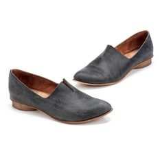 Textured Leather Shoes / Flat Black Leather by EllenRubenBagsShoes