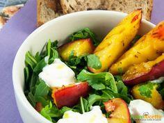 Insalata di rucola, burrata e pesche grigliate  #ricette #food #recipes