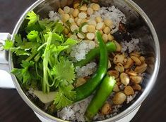 ingredients for bangalore hotel style coconut chutney Veg Recipes, Gourmet Recipes, Cooking Recipes, Healthy Recipes, Recipies, Indian Chutney Recipes, Indian Food Recipes, Vegetarian Soup, Vegetarian Recipes