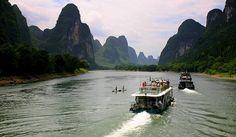 Li river cruise, China.