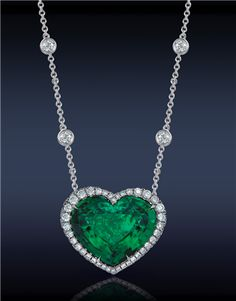 Jacob & Co.what do you think if we find a fake of this the color will be better! with crested emerald and cz in silver