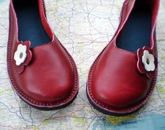 UK 7, Handmade leather #shoes, D fitting, Berry red PETAL £108.00 -- So cute!