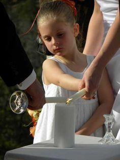 See the best Sedona wedding chapel venues available for your Sedona, Arizona wedding. #sedonadestinationweddings