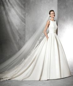 Tami, princess wedding dress with bateau neckline