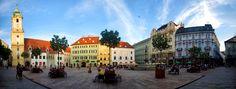 Slovacchia, Bratislava, Hlavné námestie | by forastico