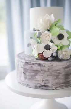 Rustic bark paint floral cake